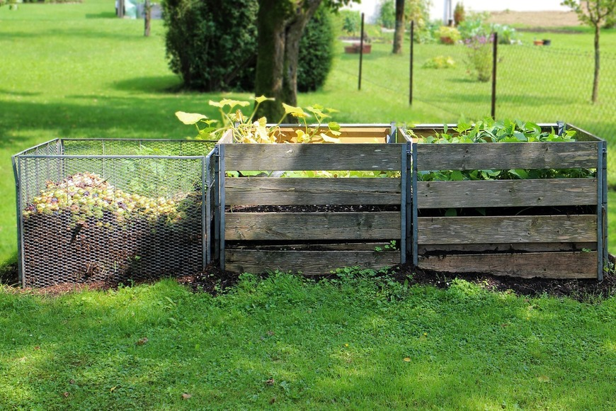 Cum sa imbunatatesti calitatea solului din gradina cu compost si nutrienti organici